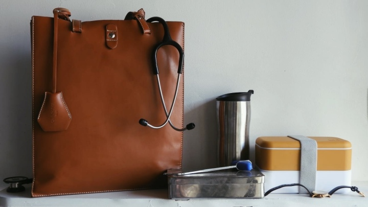 Minimalist Three-Sectioned Nursing Bag